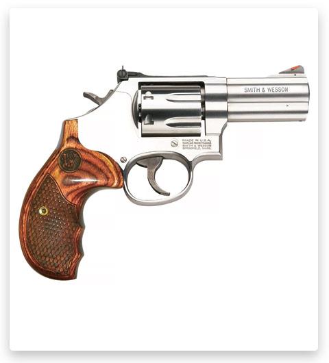 Smith & Wesson 686 Plus Deluxe Centerfire Revolver